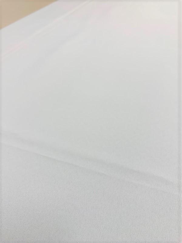 テーブルクロス用滑り止めマット(ブラック)の設置画像